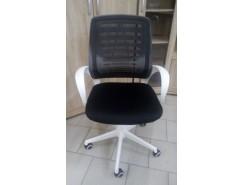 Кресло Ирис WHITE  TW-чёрн.мех.кач.